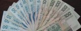 Internetowe pożyczki popularniejsze od kredytów