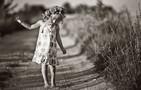 Kredyty miały zrekompensować biedne dzieciństwo